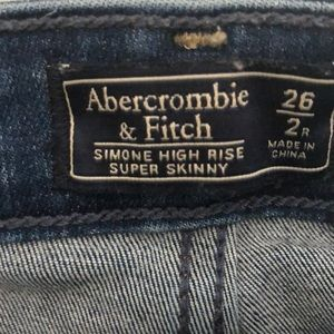 Abercrombie & Fitch Jeans - Simone high rise super skinny medium destroyed